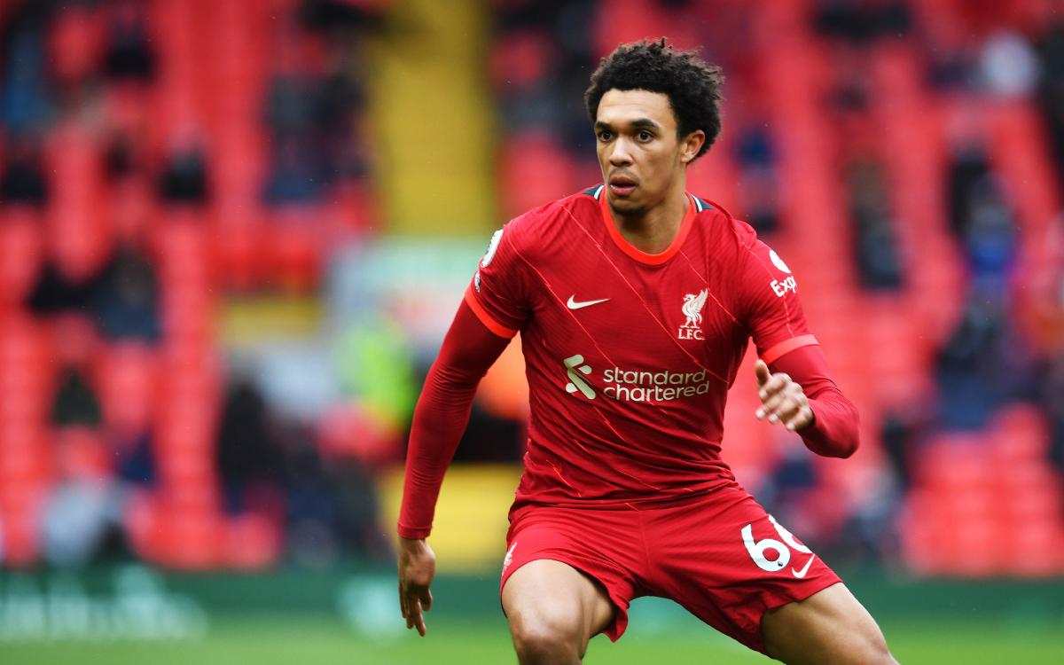 Trent Alexander-Arnold: Liverpool boss Jurgen Klopp says right-back is a doubt to face Manchester City - Bóng Đá