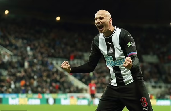 'Our fans want Mbappe and Messi, the sky is the limit!': Newcastle star Jonjo Shelvey hails 'unbelievable' £305m Saudi-led takeover - Bóng Đá
