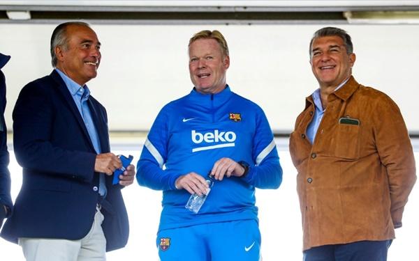 BLĐ Barca gặp gỡ Ronald Koeman trước thềm đại chiến với Valencia