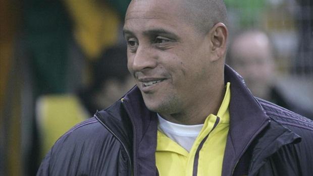 Roberto Carlos sẽ tới Ấn Độ làm HLV. Ảnh: Internet.