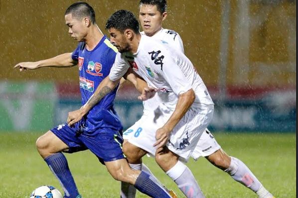 Đồng đội cũ của Tevez giúp Á quân V.League thăng hoa