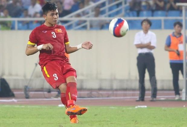 Phạm Mạnh Hùng bị loại khỏi đội U21 SLNA vì định hành hung trọng tài. Ảnh: Internet.