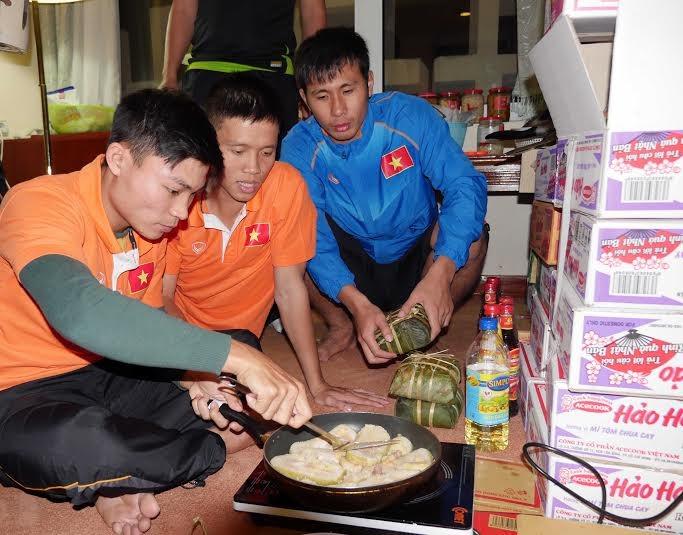 Tết bận rộn của sao thể thao Việt Nam