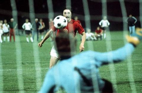 EURO 1976: Antonin Panenka – Ngôi sao trên chấm 11m