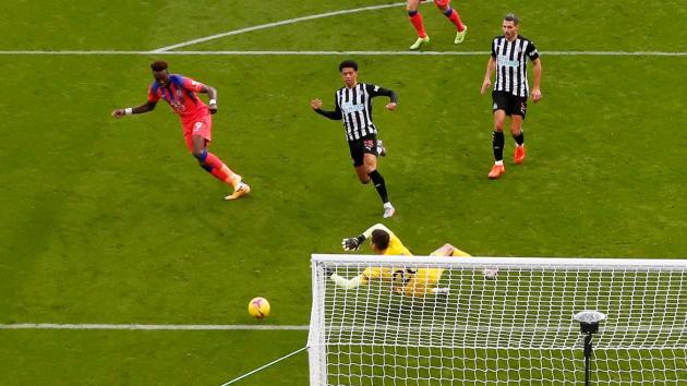 Những hình ảnh ấn tượng nhất vòng 9 Premier League - Bóng Đá