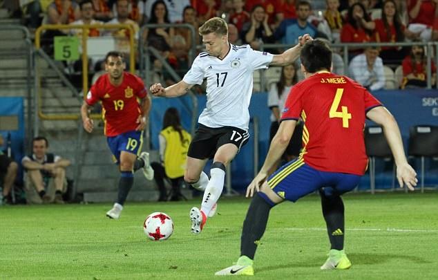 Asensio & Niguez bất lực, U21 Tây Ban Nha không thể xưng bá trời Âu - Bóng Đá