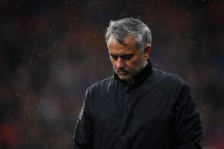 Man Utd thua thảm, lỗi ở Mourinho - Bóng Đá