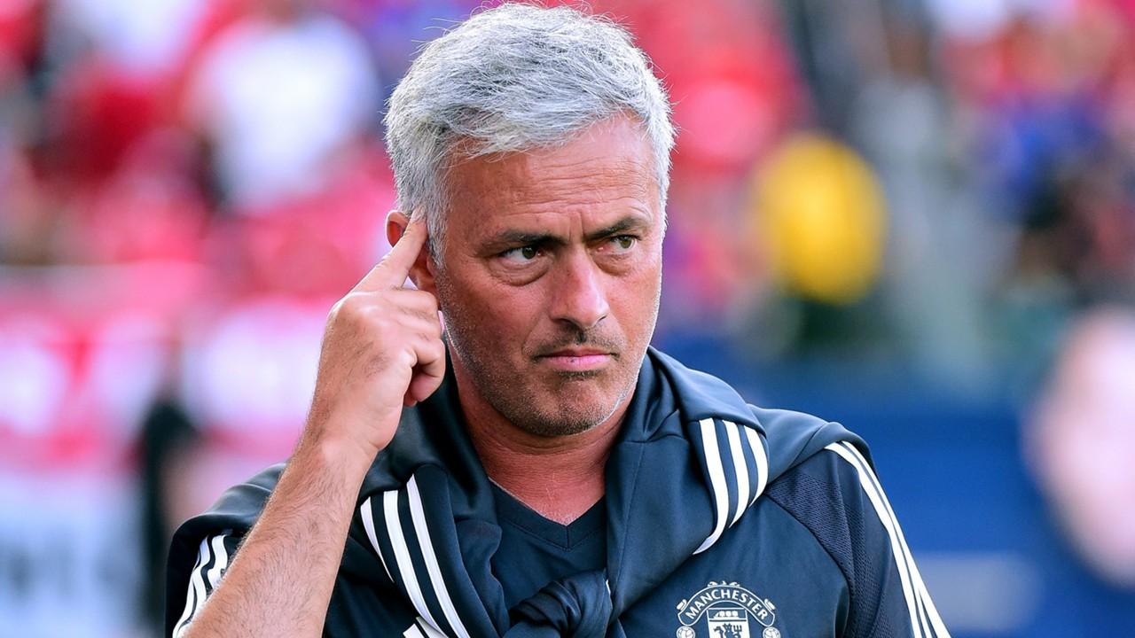 Mourinho đã linh cảm xấu trước trận Huddersfield? - Bóng Đá