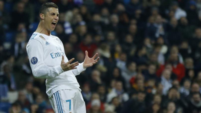 Ronaldo ngạo nghễ: