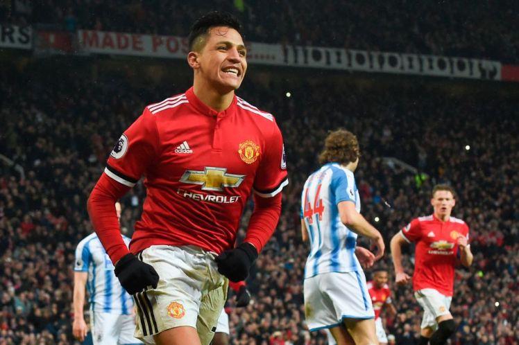 Sanchez giúp Man Utd phá 2 kỷ lục - Bóng Đá