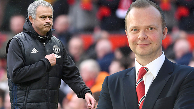 Man Utd gấp rút tìm người