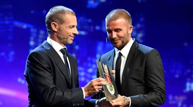 TRỰC TIẾP BỐC THĂM chia bảng Champions League 2018/19: M.U nguy cơ rơi bảng tử thần - Bóng Đá