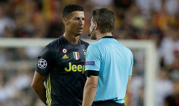 NÓNG: Đã rõ án phạt dành cho Ronaldo? - Bóng Đá
