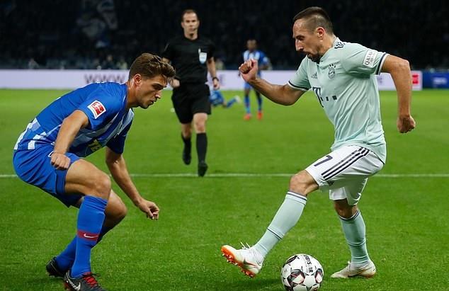 Thi đấu bạc nhược, Bayern Munich lần đầu nếm mùi thất bại - Bóng Đá