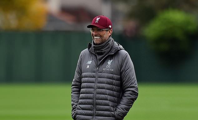 Hồi phục thần tốc, Keita có thể cùng Liverpool đối đầu Man City? - Bóng Đá