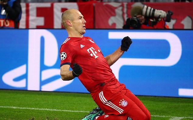 2 lão tướng cùng nổ súng, Bayern Munich hủy diệt Benfica - Bóng Đá