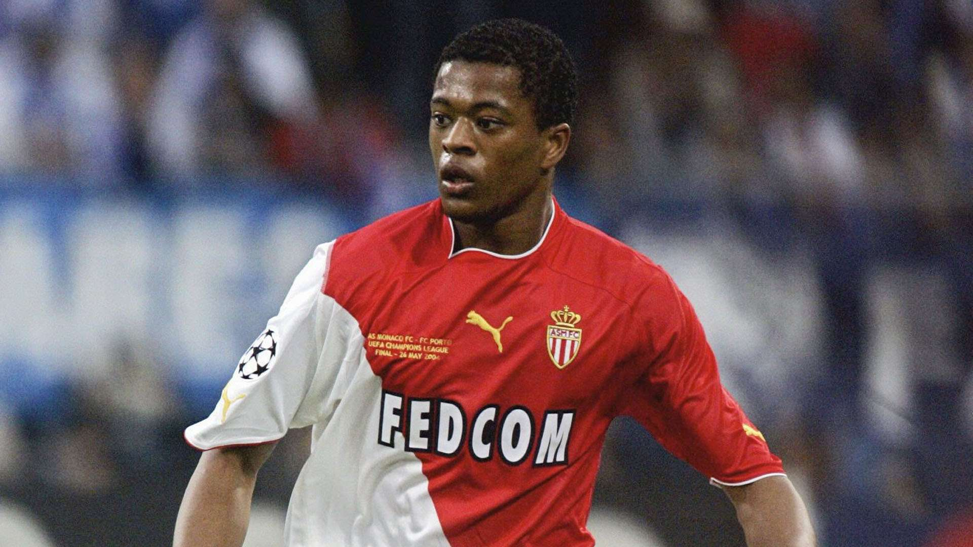 Evra: I played with chicken in my boot for four months - Bóng Đá