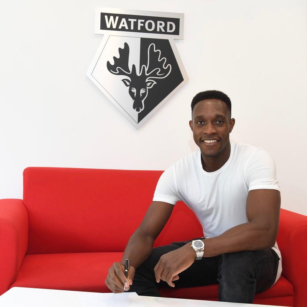 Watford announce the signing of former Arsenal striker Danny Welbeck  - Bóng Đá