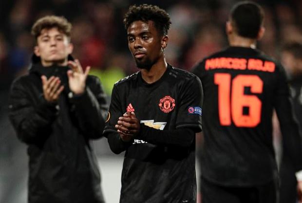 Man Utd tệ hại, Solskjaer thể hiện thái độ không thể tin nổi - Bóng Đá