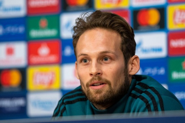 Manchester United situation is 'not nice to see' says former player Daley Blind, who has high praise for Chelsea - Bóng Đá
