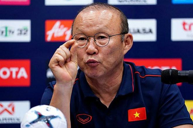 Điên rồ! Indonesia muốn ký HĐ với HLV Park Hang-seo - Bóng Đá
