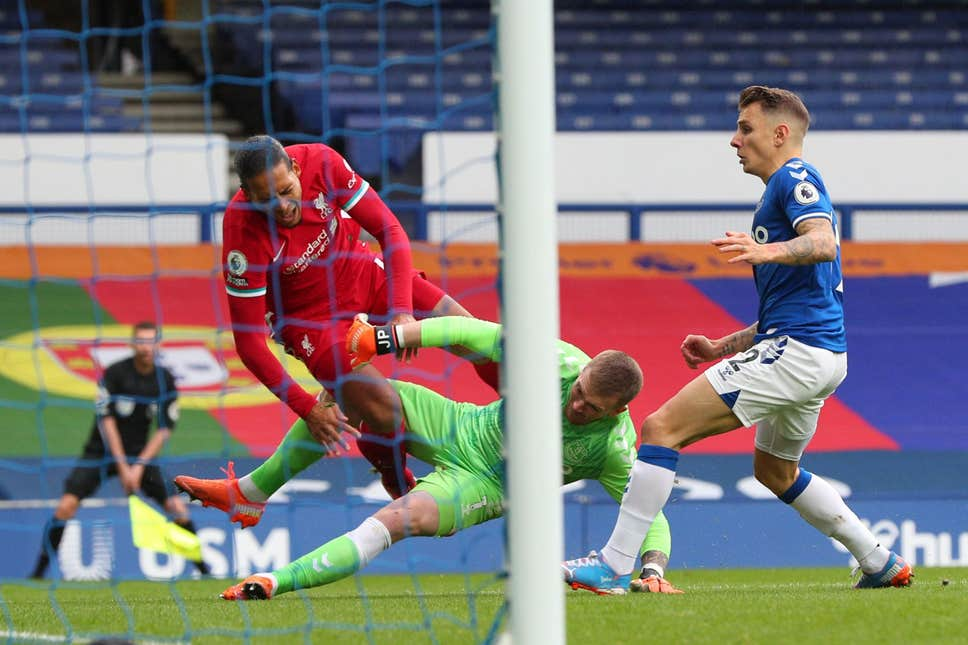 LIVERPOOL STAR SHARES WHAT PICKFORD SAID TO HIM STRAIGHT AFTER EVERTON DRAW - Bóng Đá