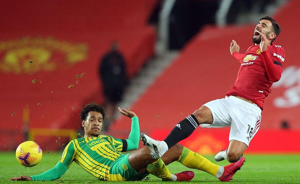 VAR và Fernandes làm điều quen thuộc, Man Utd phá dớp đầy ám ảnh - Bóng Đá