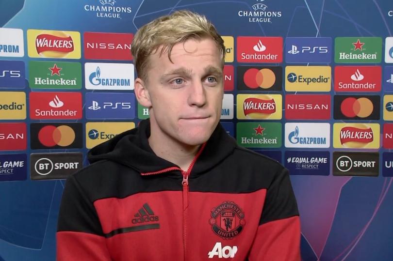 Donny van de Beek asked about new Manchester United position - Bóng Đá