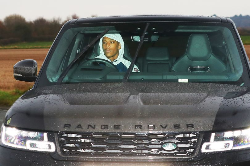 Anthony Martial leaves Manchester United training ground - Bóng Đá