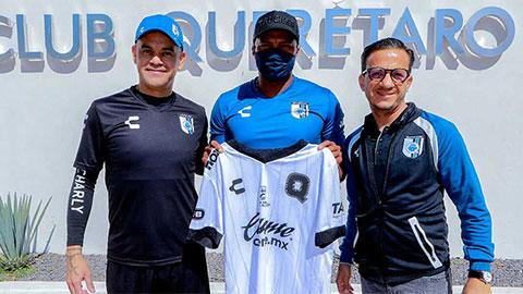 Antonio Valencia joins Queretaro - Bóng Đá