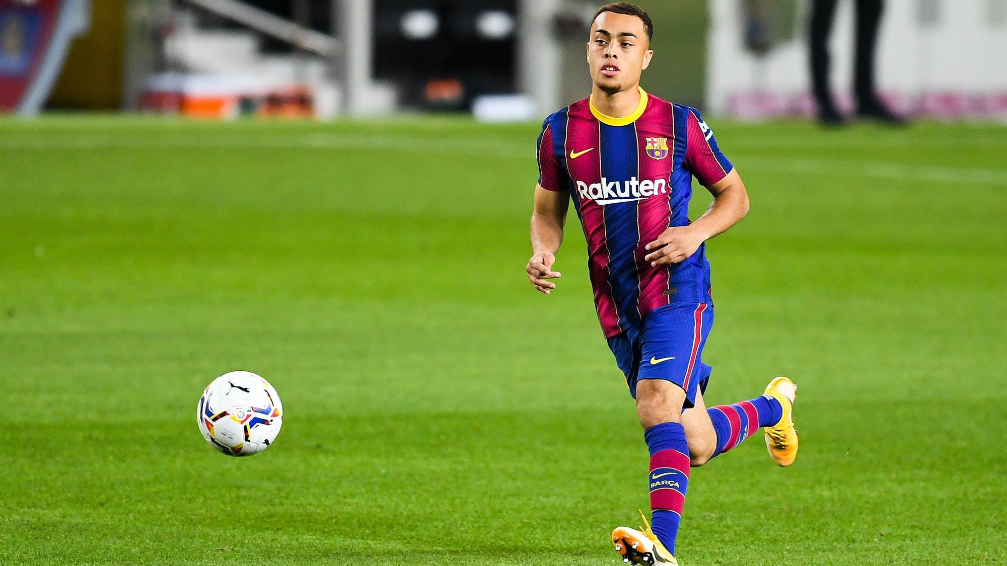Sergino Dest on Barcelona move - Bóng Đá