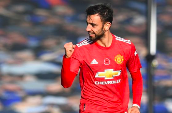 Man Utd to double Bruno Fernandes' wages with lucrative new contract - Bóng Đá