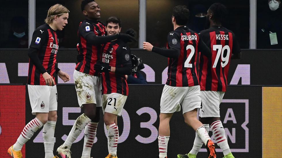 Ibrahimovic returns as Milan extend Serie A lead - Bóng Đá