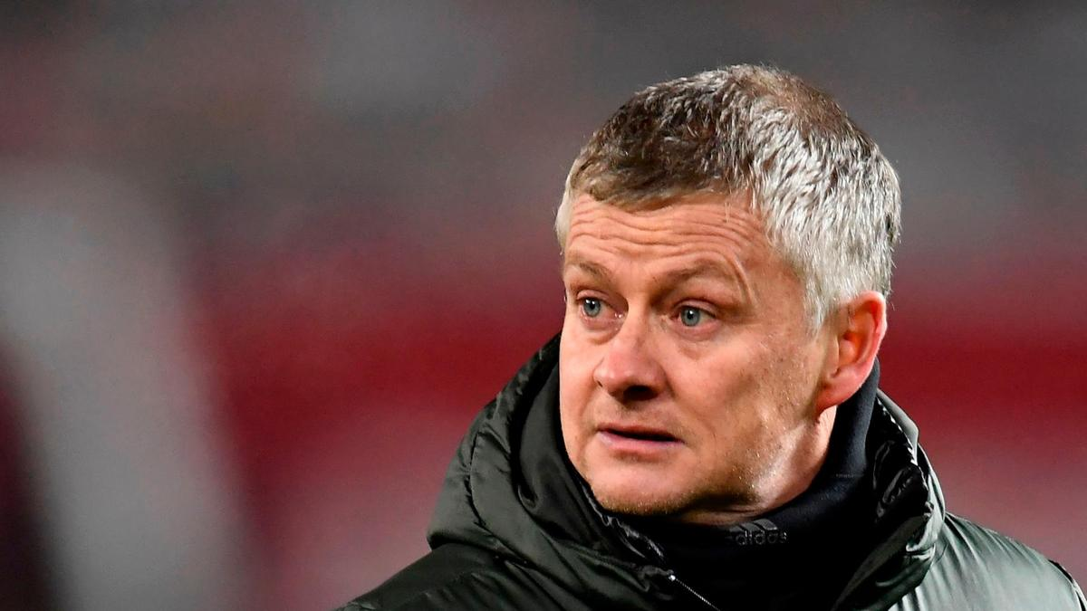Ole Gunnar Solskjaer focused on Champions League qualification ahead of topping table - Bóng Đá