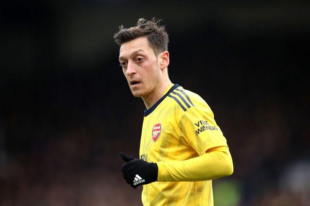 Sau tất cả, Mesut Ozil đã chia tay Arsenal - Bóng Đá