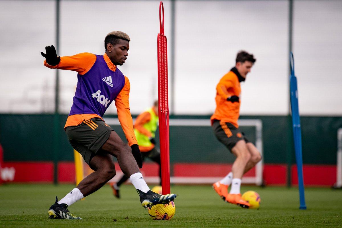 Man Utd training - Bóng Đá