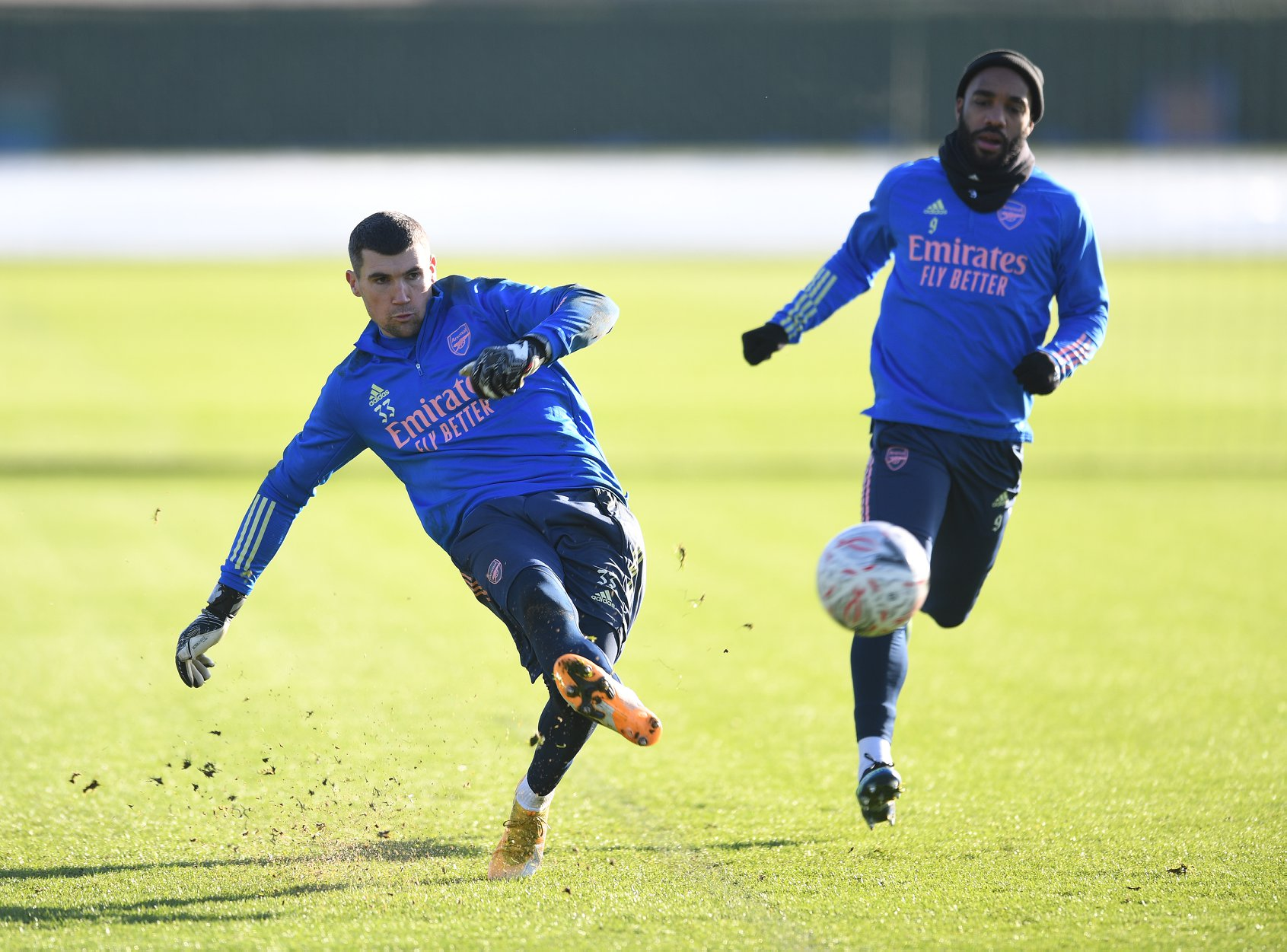 Arsenal complete shock signing and he could start vs. Southampton tomorrow - Bóng Đá
