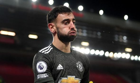 Man Utd star Bruno Fernandes explains dressing room moment that changed season - Bóng Đá