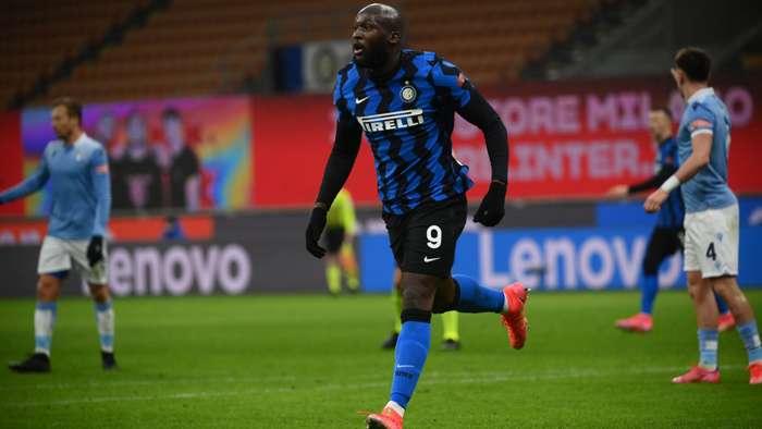 Inter star Lukaku hits 300 career goals after double against Lazio - Bóng Đá