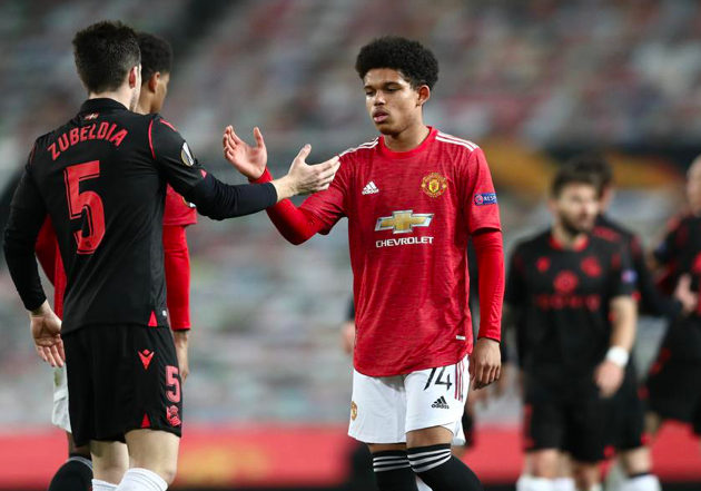 Shola Shoretire becomes the youngest Manchester United player to represent the club in a European competition (17 years, 23 days). - Bóng Đá