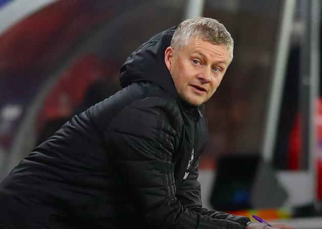 Man Utd give priority to league over Milan clash - Bóng Đá