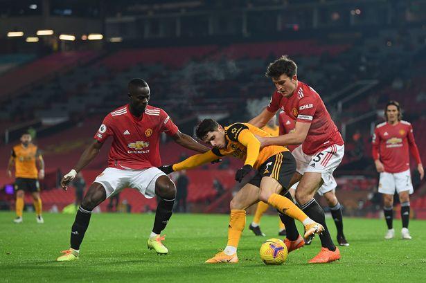 Thống kê cho thấy Man Utd sai lầm lớn nếu để Bailly ra đi - Bóng Đá