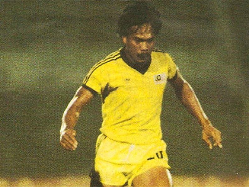 Đội hình ghi nhiều bàn nhất cấp độ ĐTQG: Huyền thoại Thái Lan, Malaysia góp mặt - Bóng Đá