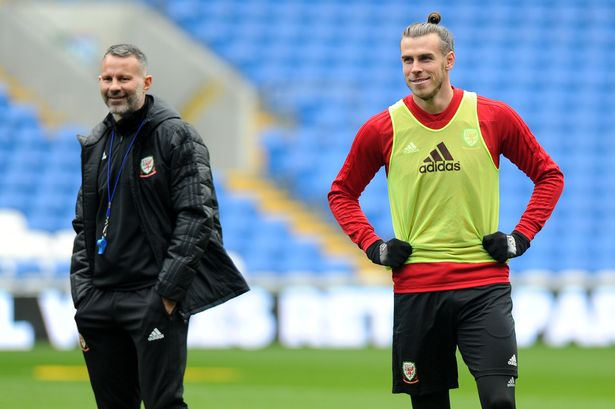 Gareth Bale would have completed Man Utd transfer if it wasn't for Ryan Giggs' role - Bóng Đá