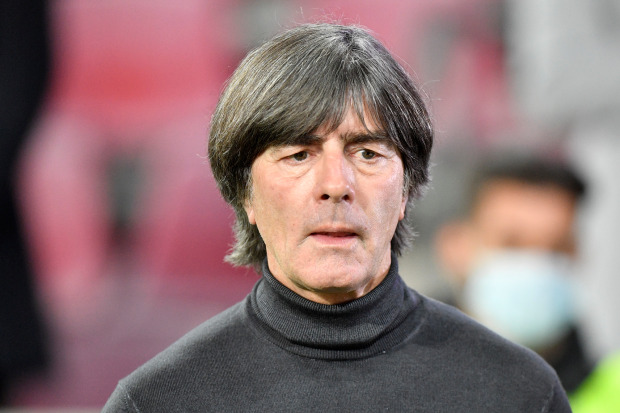Real Madrid line up Germany boss Joachim Low as Zinedine Zidane replacement when boss decides to leave Bernabeu - Bóng Đá