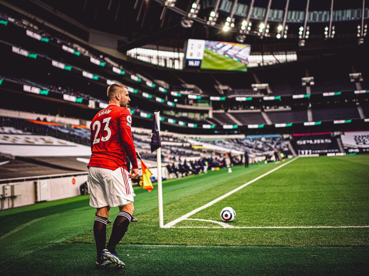 Thua M.U, Mourinho đã tự tay