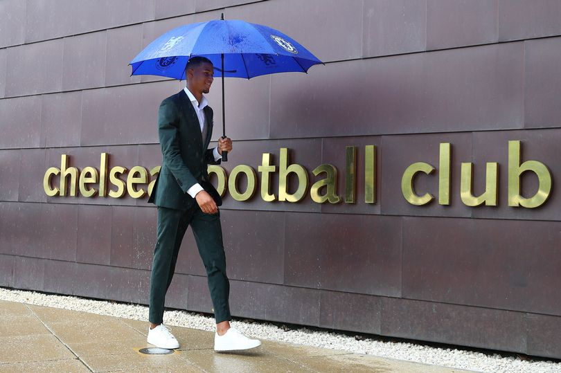 Xavier Mbuyamba arrived at Chelsea - Bóng Đá