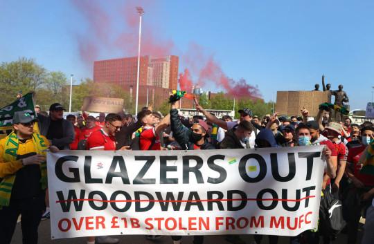 Glazers set £4bn asking price to sell Manchester United - Bóng Đá