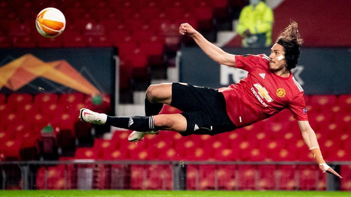 Edinson Cavani to extend his stay with Manchester United - Bóng Đá