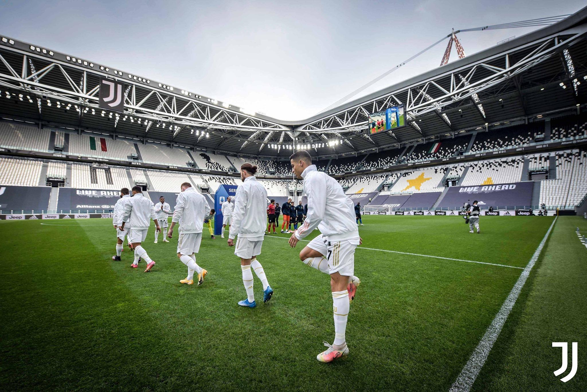 Thôi rồi lượm ơi, Ronaldo có thể phải đá Europa League! - Bóng Đá